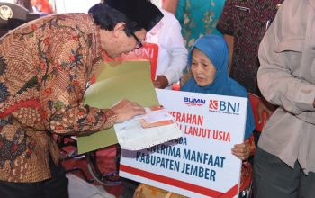 Tahap Pertama Bantuan Jaslut dan BLU Diserahkan di Desa Jelbuk