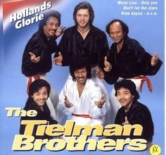 15 Group Band Tertua di Indonesia, The Tielman Brothers (1)
