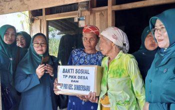 Peduli Dhuafa, TP PKK Sumberbaru Gelar Bhakti Sosial