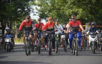 Dari Sepeda Kuno Sampai Model Masa Kini, Meriahkan Fun Bike HUT Kodam V Brawijaya