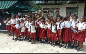 Beri Semangat Satgas Pamtas, Bupati Jember Kunjungi Dua Pos Perbatasan RI – PNG
