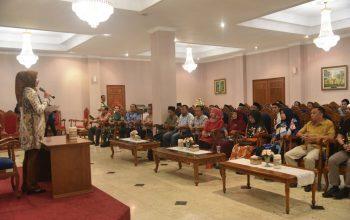 Bupati Faida: Menggunakan Produk Lokal Sama dengan Menyejahterakan Petani Jember