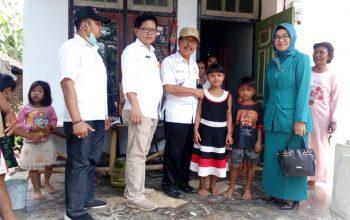 Berkat Perhatian dari Bupati Faida, Dua Bocah Kakak Beradik Itu Kini Bisa Sekolah Lagi