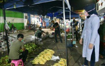 Pastikan Geliat Ekonomi Masyarakat Tetap Berjalan di Tengah Pandemi Corona, Bupati Jember Tinjau Pasar Tradisional